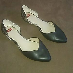 Ladies black/white flats by BC Footwear. 8.5